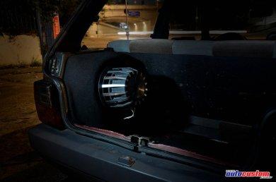 subwoofer-10-porta-malas-uno-1992