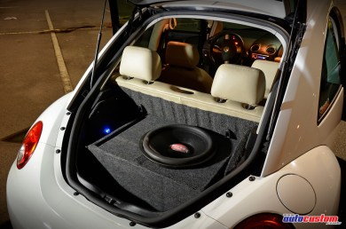 caixa-dutada-new-beetle-2008-subwoofer
