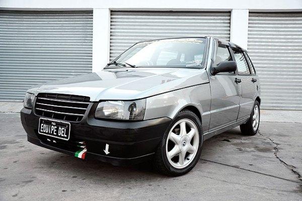 Uno Mille 2004 com kit turbo para dia a dia
