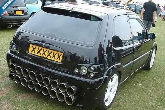 Peugeot 106 bizarre escaps