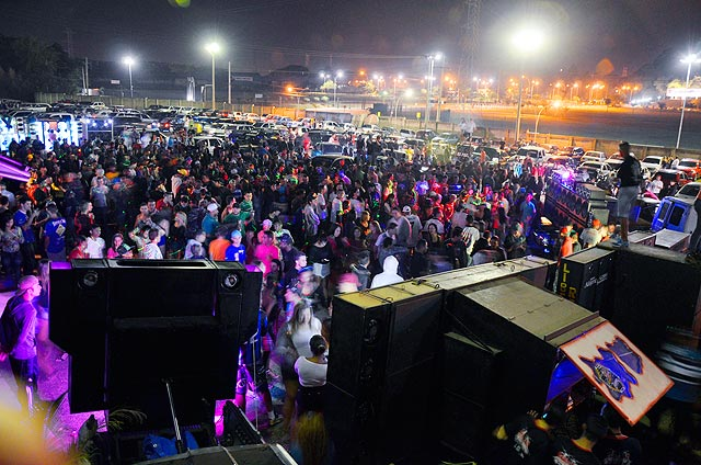 Encontro de carros sexta-feira Chapéu Brasil em Sumaré (SP)