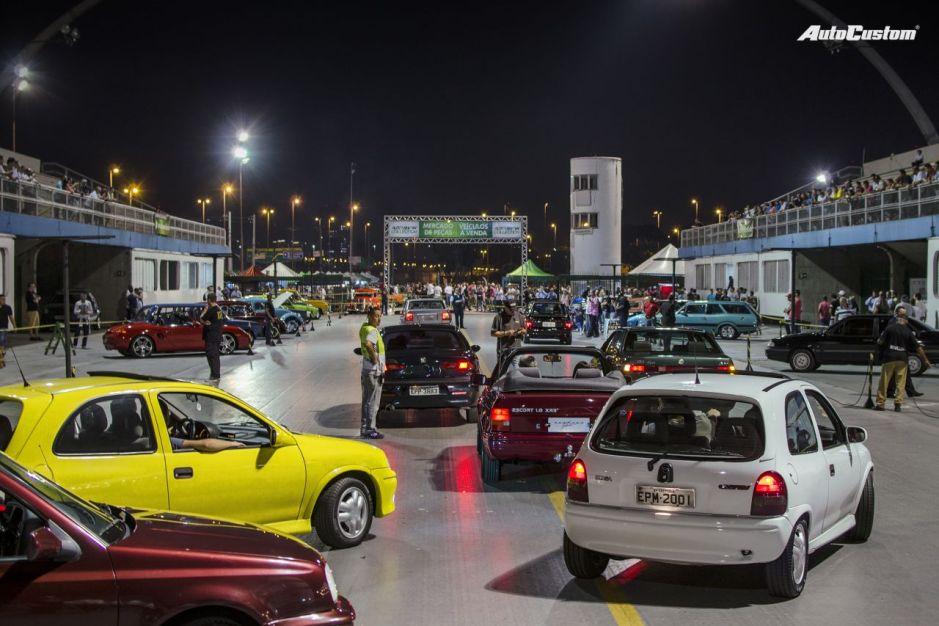 Fotos Noite Carros Anos 90 - Sambódromo SP - 5 abril 2016