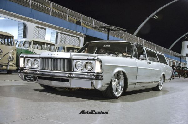 Ford Galaxie Funeral