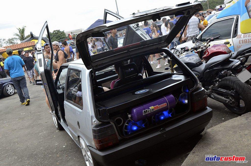 9-mega-motor-2013-burnout-wheeling-carros-som-039