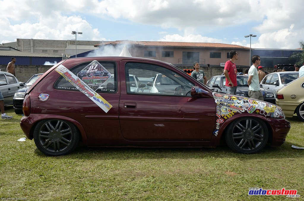 9-mega-motor-2013-burnout-wheeling-carros-som-096