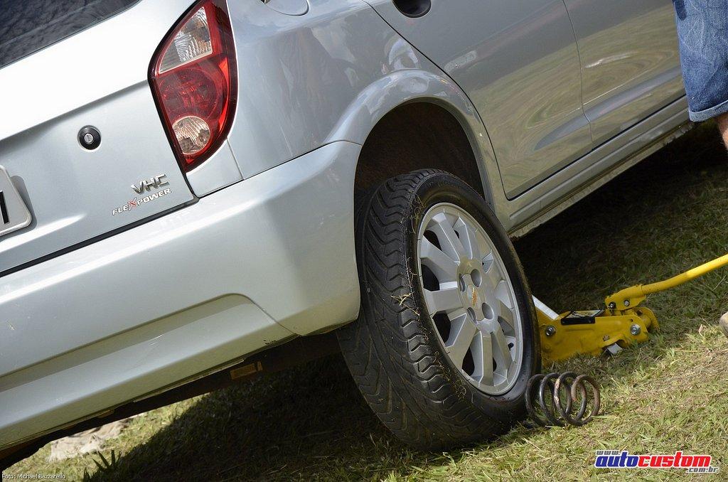 9-mega-motor-2013-burnout-wheeling-carros-som-103