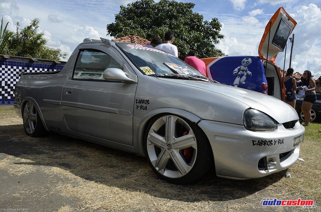 9-mega-motor-2013-burnout-wheeling-carros-som-138
