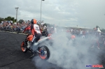 9-mega-motor-2013-burnout-wheeling-carros-som-232