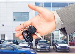 Kupujesz używany samochód? Dowiedz się, na co zwrócić uwagę