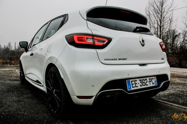 Clio 4 RS Trophy-7