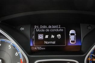Ford Focus RS interieur-20