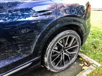 Audi Q8-16