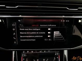Audi Q8-53