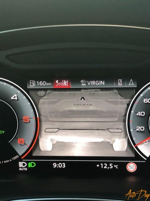 Audi Q8-6