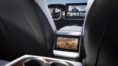 Restylage intérieur Tesla Model S et X