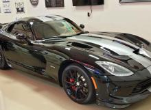 Black Dodge Viper