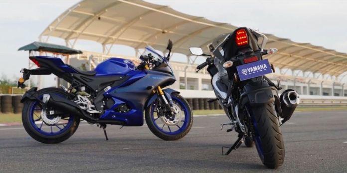 Yamaha R15 V4 vs V3