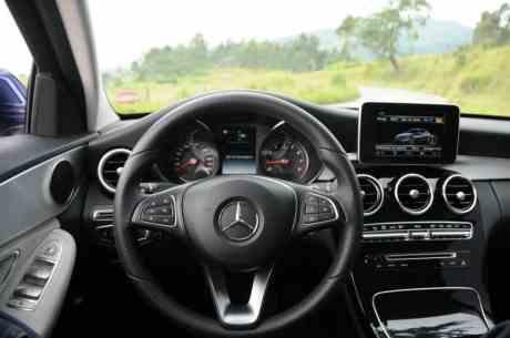 Mercedes-Bens C180 Avantgarde 01