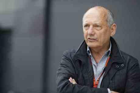 Ron Dennis não poupou desculpas nem Eddie Jordan (foto McLaren Media Centre).
