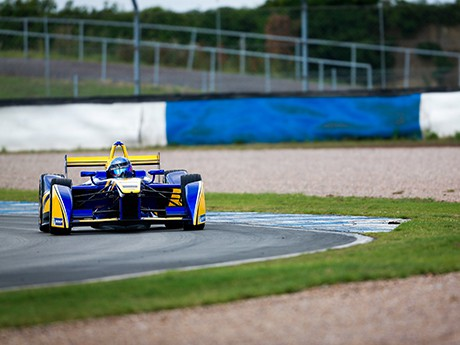 Buemi foi o mais rápido na pista seca (foto F-E.com)