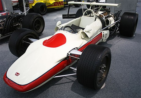 O modelo RA 302 tinha motor V8 refrigerado a ar (Foto Honda Hall of Fame)