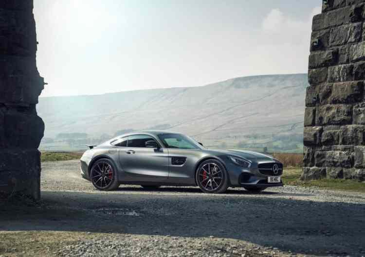 Mercedes-Benz-AMG_GT_S_UK-Version_2016_1280x960_wallpaper_03