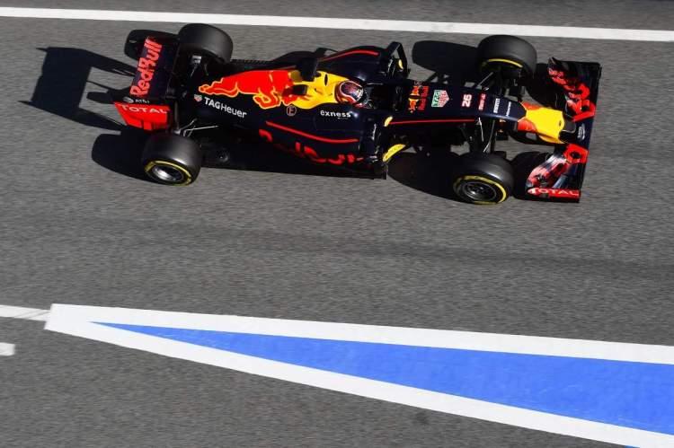 Ricciardo e Kvyat dividiram o novo RB12 (Foto Getty Images/Red Bull)