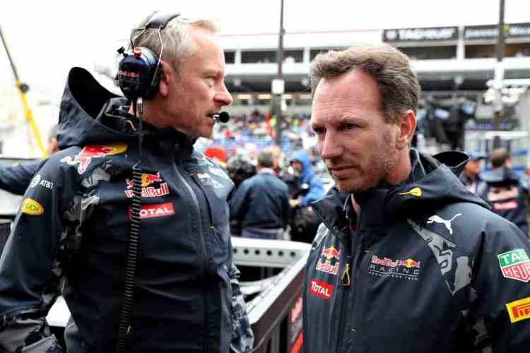 Horner dá desculpa folgada e culpa falta de espaço para justificar péssimo pit stop (foto Red Bull/Getty Images)