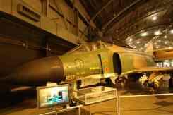 O F-4 Phantom é mais ágil do que aparenta, e voava a Mach 2