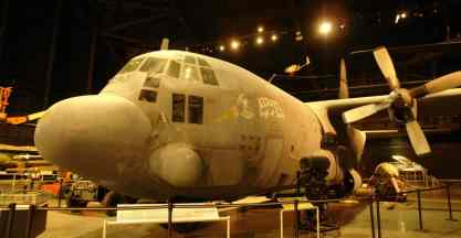 AC-130 Spectre, versão do Hércules que é um verdadeiro tanque de guerra voador