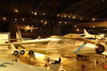 B-47 em foto tomada do mezanino da galeria dos mísseis