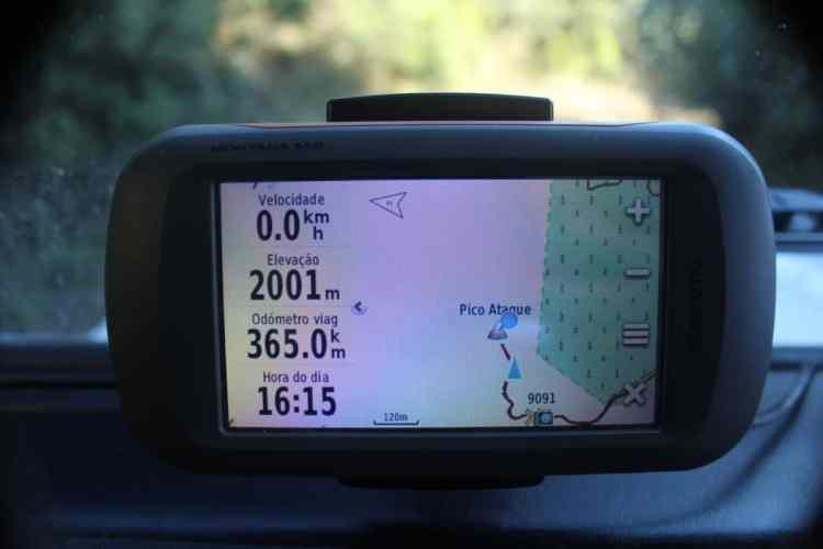 Um bom GPS com bons mapas (a parte mais importante) pode ajudá-lo na navegação pelas trilhas e lugares inóspitos ou desconhecidos