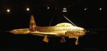 T-33 versão de dois lugares do F-80