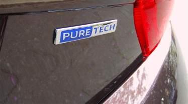 Peugeot 208 04