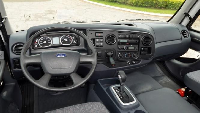 Ford Cargo com TorqShift. Vida do caminhoneiro facilitada e maior economia (foto: transportabrasil.com.br)