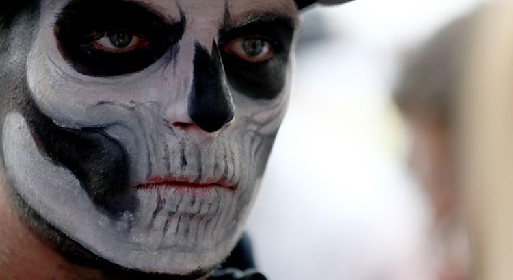 "Maquiagem do ""Día de los Muertos"" sintetiza fim de semana de Max Verstappen (Foto Red Bull)"
