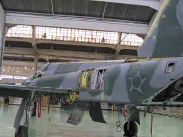 F-5 em manutenção