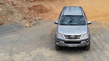Toyota SW4 SR Flex 04
