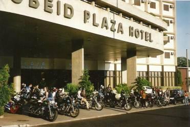 Prontos para deixar o hotel em Bauru para...