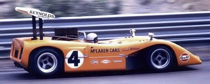 Bruce McLaren e seu M8B