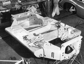 O chassi muito bem feito do T70 (racing history)