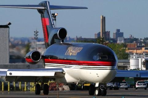 O Boeing 727-100 de Donald Trump. Hoje Trump possui um 757. (nycaviation.com)