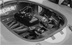 Visão global do motor Peugeot com o compressor Constantin (Constantin-Facebook)