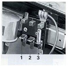 Volvo 164 (1972)  fuse box diagram  Auto Genius