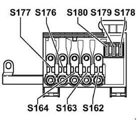 Volkswagen Bora (1999  2006)  fuse box diagram  Auto Genius
