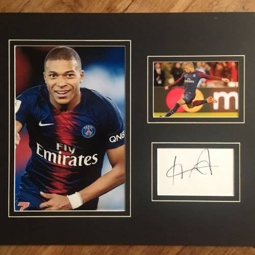 the latest 8a872 27101 Kylian Mbappe PSG Hand Signed Image – Autographs R Us