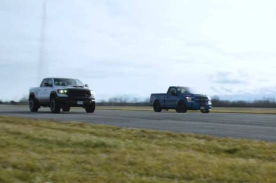 Αγρο-τιτανικός μάχη 1.500 αλόγων!  (+ βίντεο) – AutoGreekNews