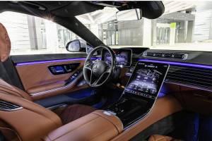"Mercedes: ""Δεν είναι δυνατόν τα οχήματα να πάνε μόνα τους"""
