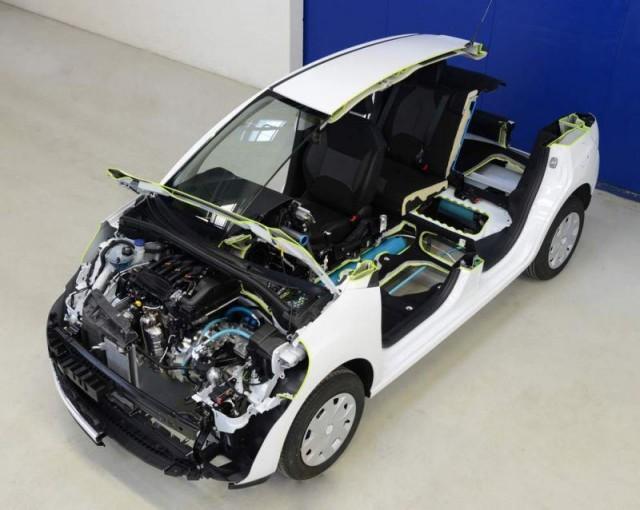 Peugeot 208 HYbrid Air 2L