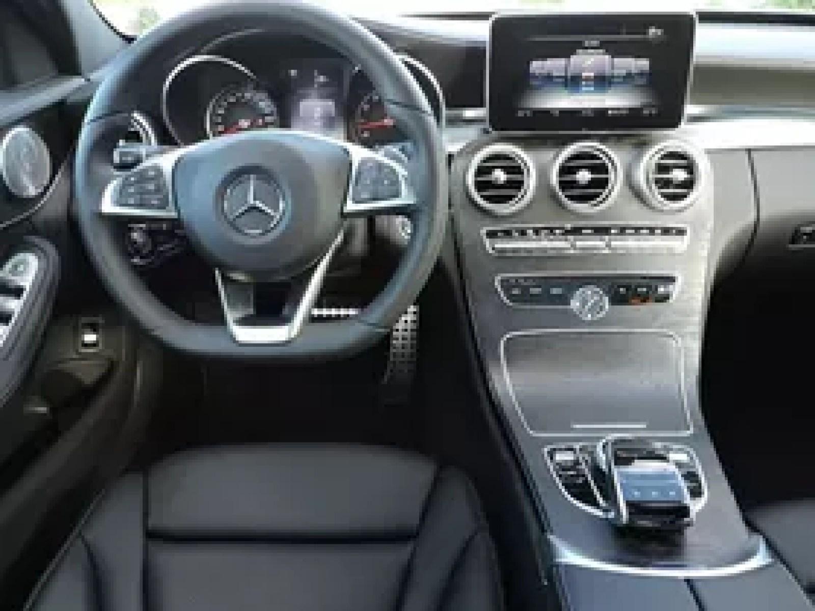 2015 Lexus IS 350 vs Mercedes Benz C 400 AutoGuide News